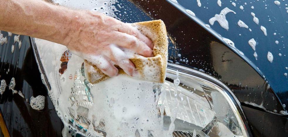 Los errores más comunes que cometemos al lavar el coche