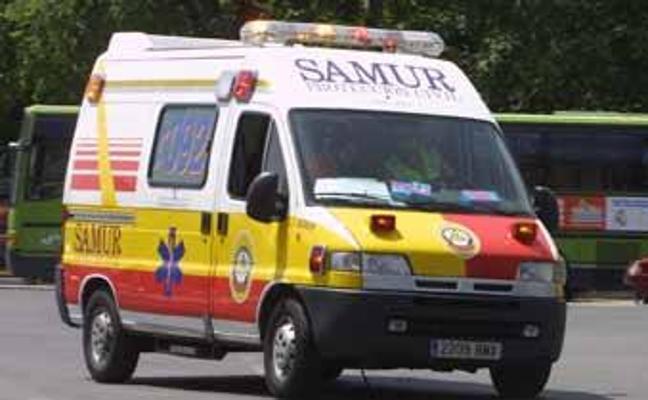 10 cosas que no debes hacer cuando ves una ambulancia detrás de tu coche
