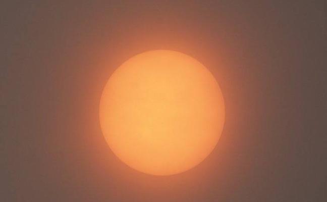 ¿Por qué el sol se puso rojo en Reino Unido? Así es como el huracán Ophelia causó este extraño fenómeno