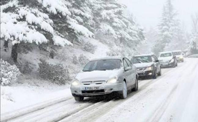Cómo preparar tu coche para el frío y la nieve