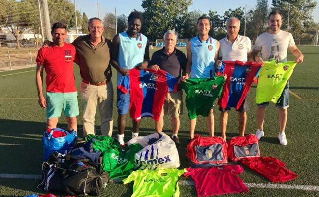 Levante UD   100 equipaciones nuevas para Senegal