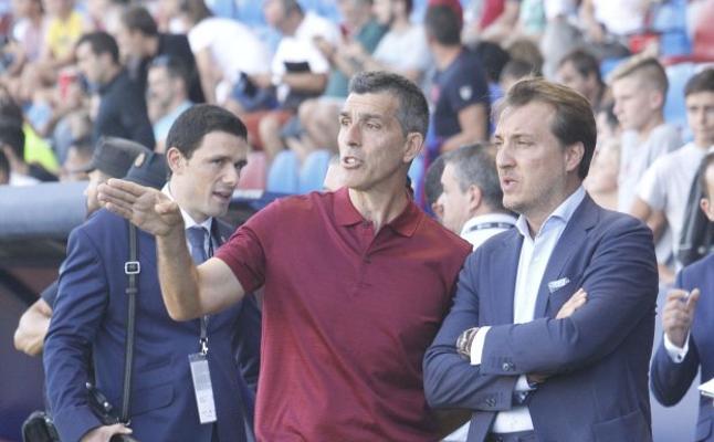Muñiz contará por primera vez con todos los fichajes del Levante para el Bernabéu