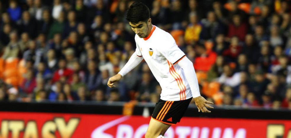 Valencia CF | Celades apostará por Carlos Soler para cerrar la fase de grupos del Europeo