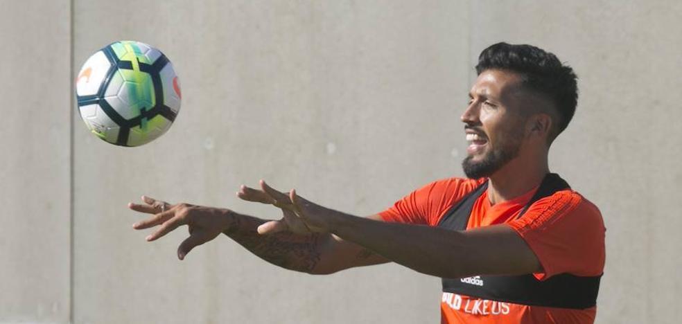 Valencia CF | El futuro de Garay, en punto muerto