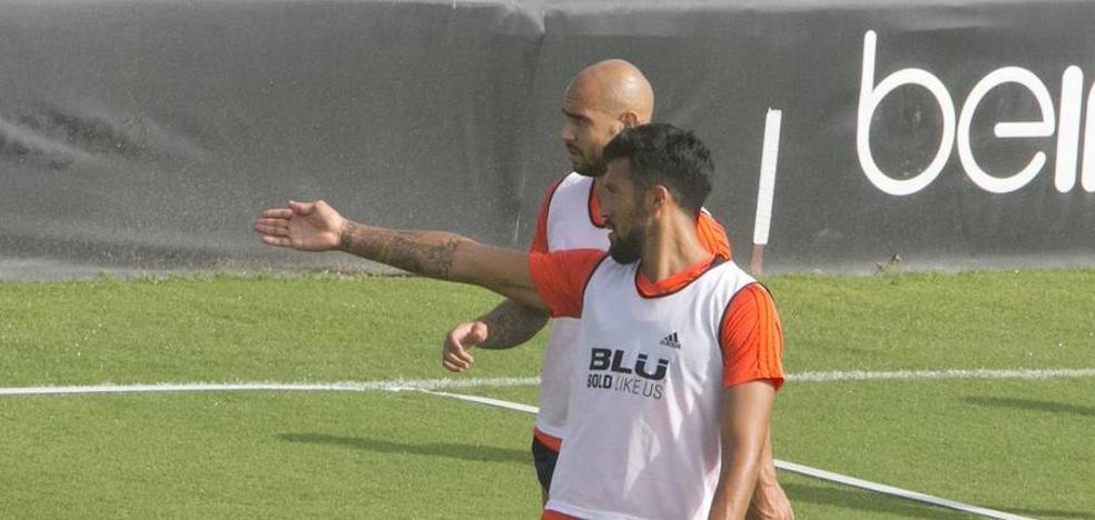 Valencia CF | Garay, ausente por lumbalgia