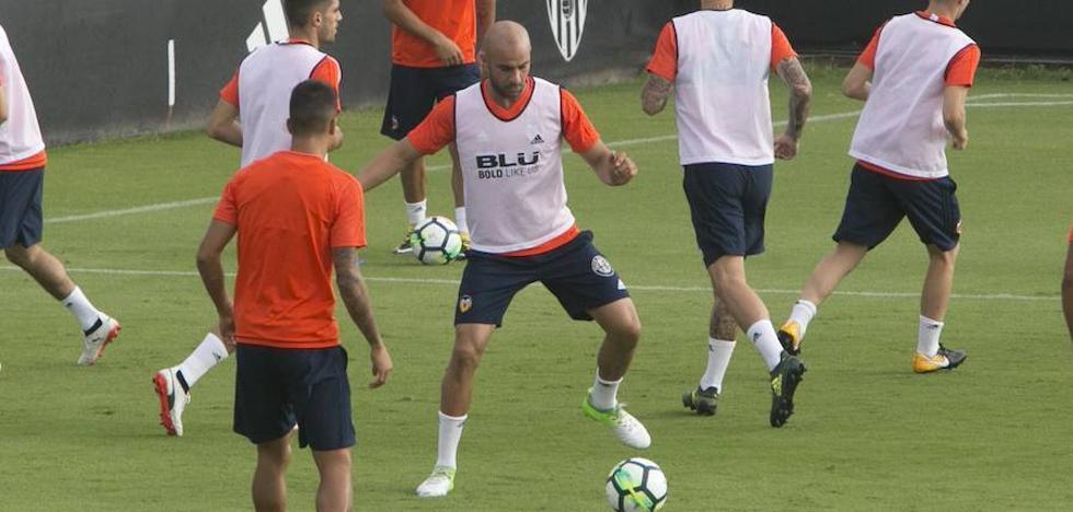 Abdennour anuncia su salida del Valencia