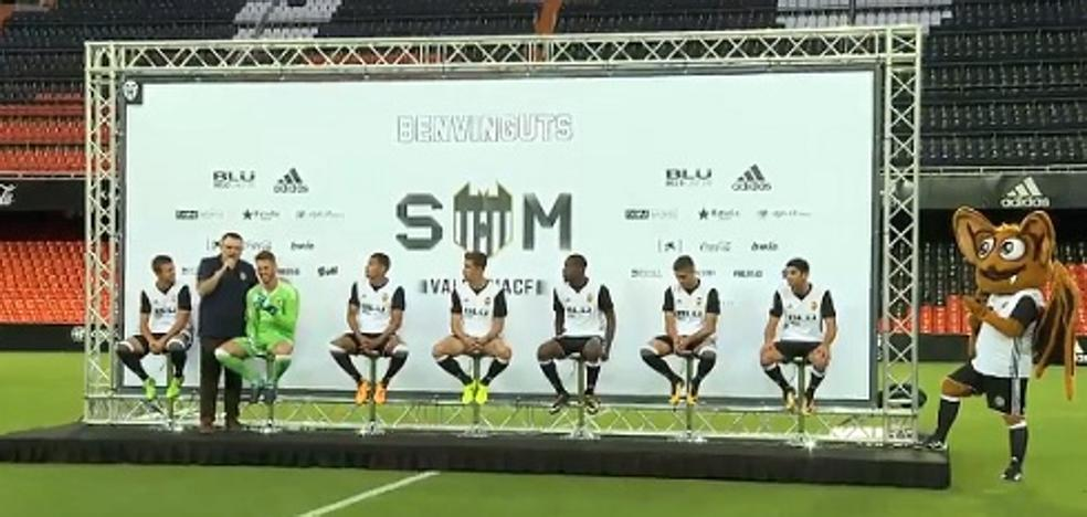 Valencia CF | Los fichajes de Marcelino se presentan en Mestalla