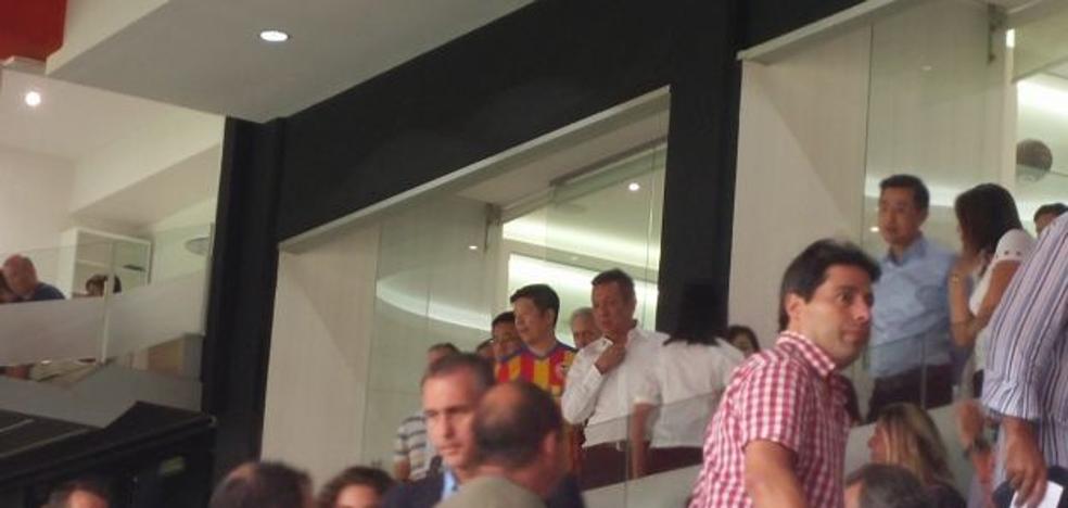 Peter Lim, de nuevo en Mestalla y Pablo Aimar, la sorpresa