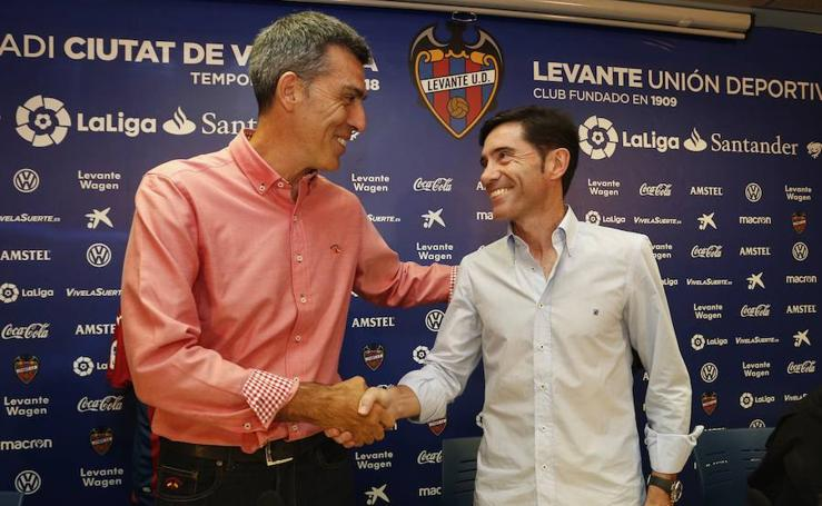 Fotos de la rueda de prensa conjunta de Muñiz y Marcelino