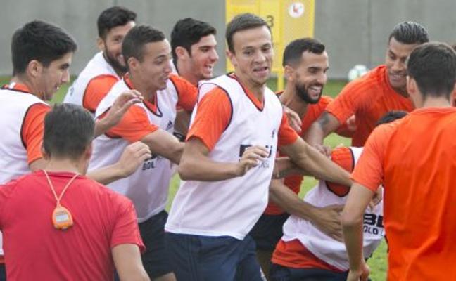 Valencia CF | Las rotaciones hacen sitio en el once a Guedes