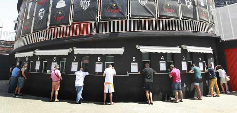 Los abonados del Valencia CF tendrán prioridad para comprar entradas fuera de casa