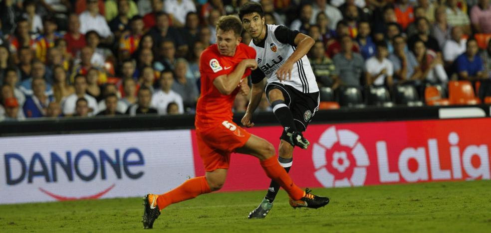 Marcelino da tregua a Soler en la vuelta de los internacionales