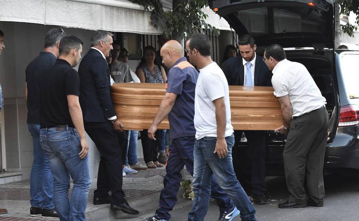 Fotos del funeral del diseñador David Delfín