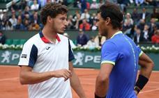 Nadal, a semifinales de Roland Garros a costa del lesionado Carreño