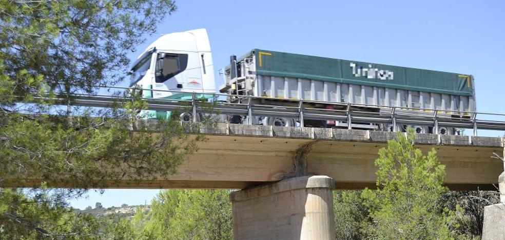 Detenido un camionero valenciano por quintuplicar la tasa permitida de alcohol