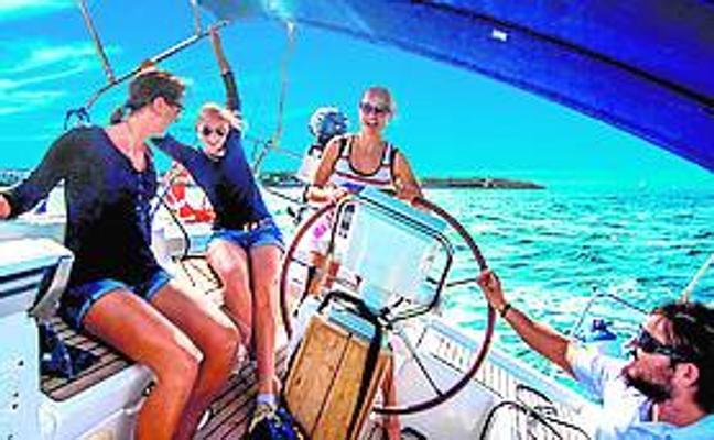 Navega gratis este domingo en la Marina de Valencia