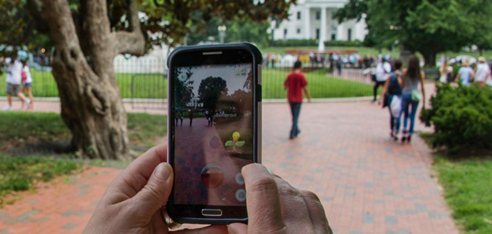 Cuatro de cada cinco niños de 12 años ya tiene móvil propio y cuenta en más de una red social
