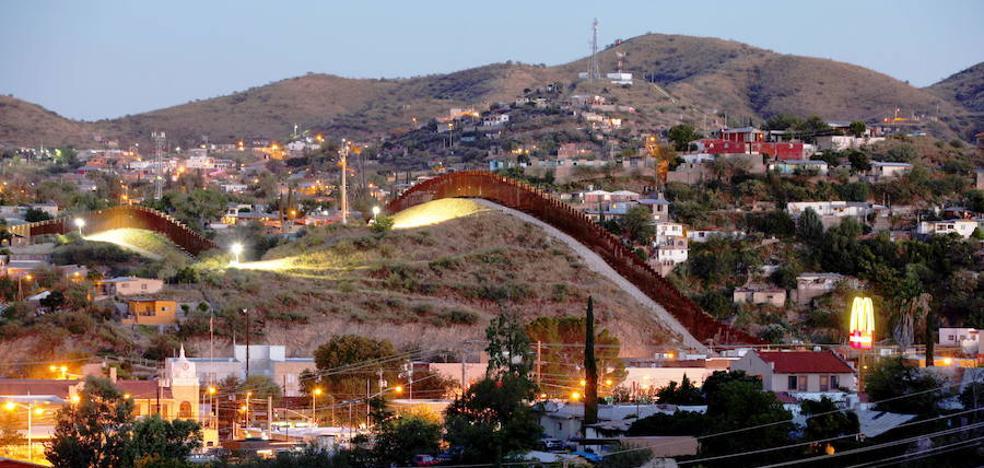 Trump propone un «muro solar» para rebajar la factura de México
