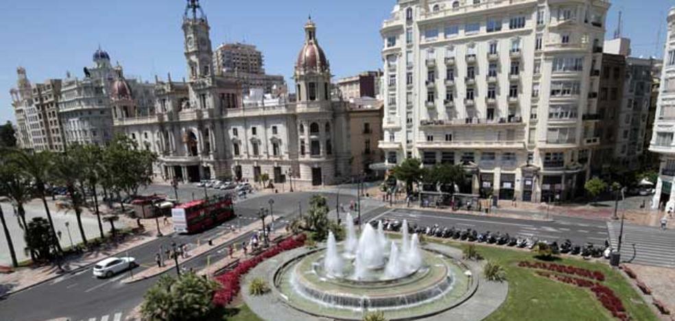 El Colegio de Arquitectos debate cómo será la nueva plaza del Ayuntamiento de Valencia