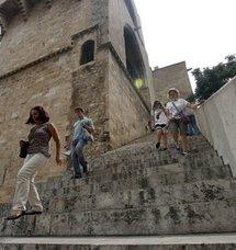 Un centenar de edificios municipales de Valencia no son accesibles pese a ser obligado este año