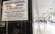 El Congreso insta al Gobierno a que los ayuntamientos no estén obligados a ampliar horarios comerciales