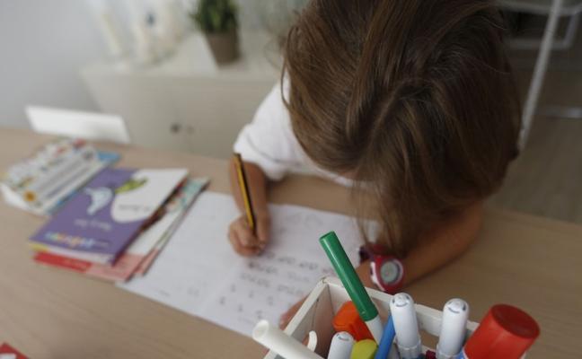 La directora del mejor colegio del mundo recomienda sólo una hora de deberes al día