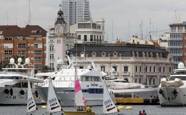 Cómo ir a la Marina Real Juan Carlos I de Valencia