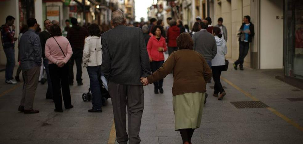 El Gobierno pagará la extra de las pensiones con otros fondos para no agotar la hucha