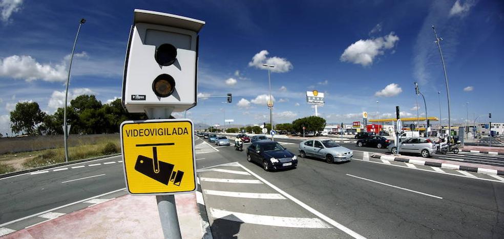 Valencia incorporará dos radares fijos para el control de la velocidad