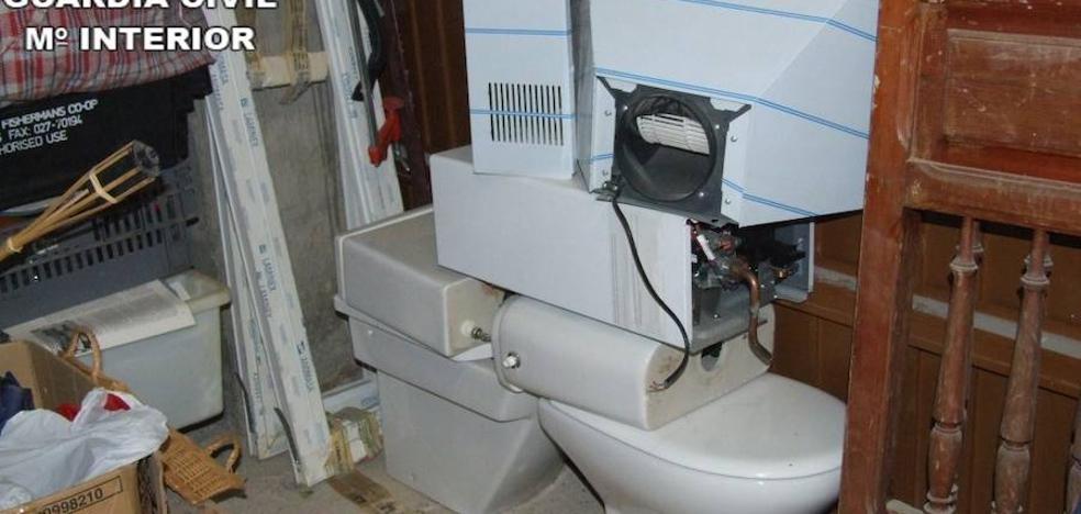 Cae un grupo que robaba cocinas y baños enteros en urbanizaciones de Siete Aguas