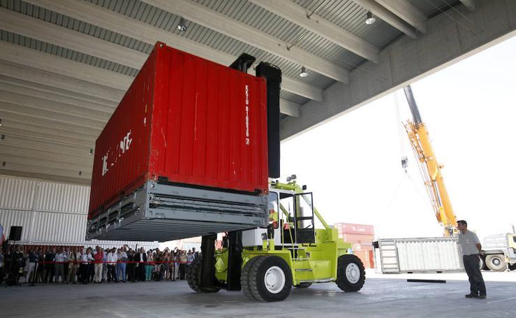Fotos del Zbox, el contenedor plegable para el transporte maritimo de mercancias