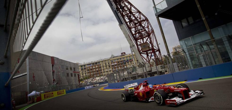 Francisco Camps dice que «obviamente» ni él ni su gobierno desviaron fondos a la F1 procedentes de empleo juvenil