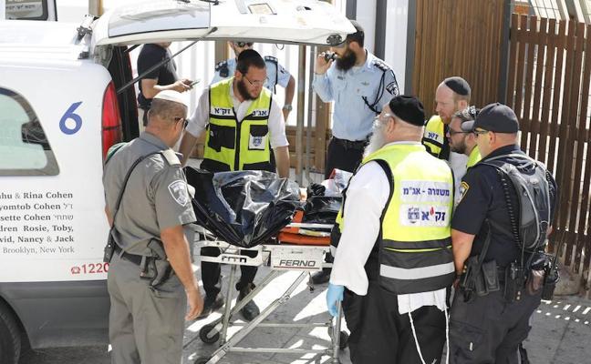 Fallecen dos de los policías heridos en el ataque de Jerusalén