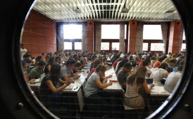 pdf listado de alumnos admitidos en la universidad de