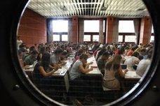 PDF | Listado de alumnos admitidos en la universidad de Valencia, Alicante, Castellón y Elche
