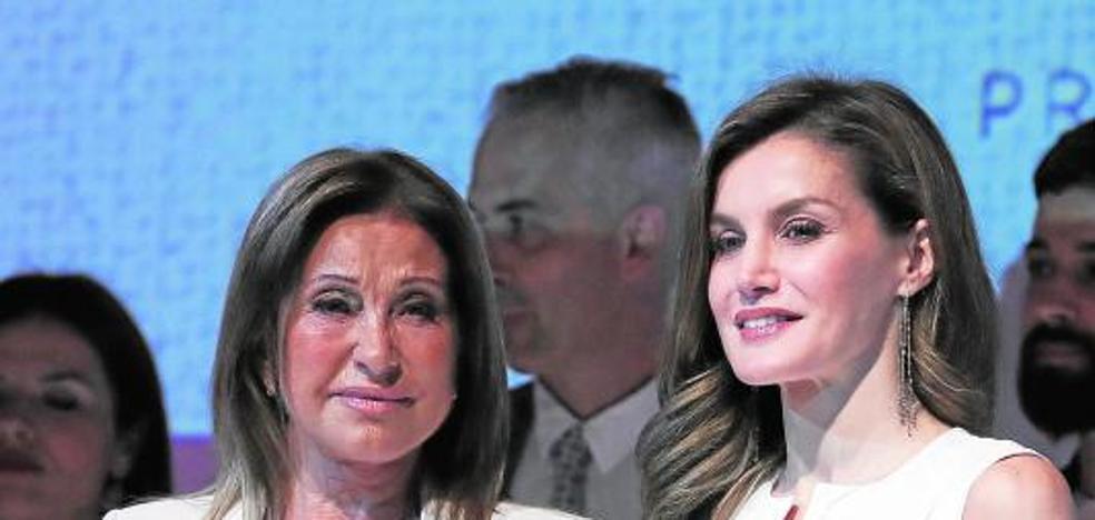 Premio a la elegancia de Purificación García