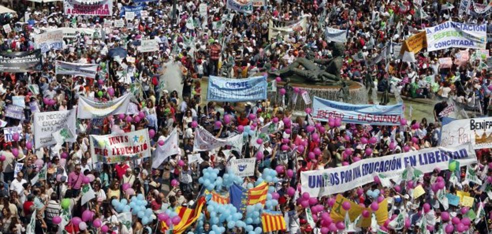 Dos de los diez colegios más demandados de la Comunitat Valenciana sufren los recortes de aulas de Educación