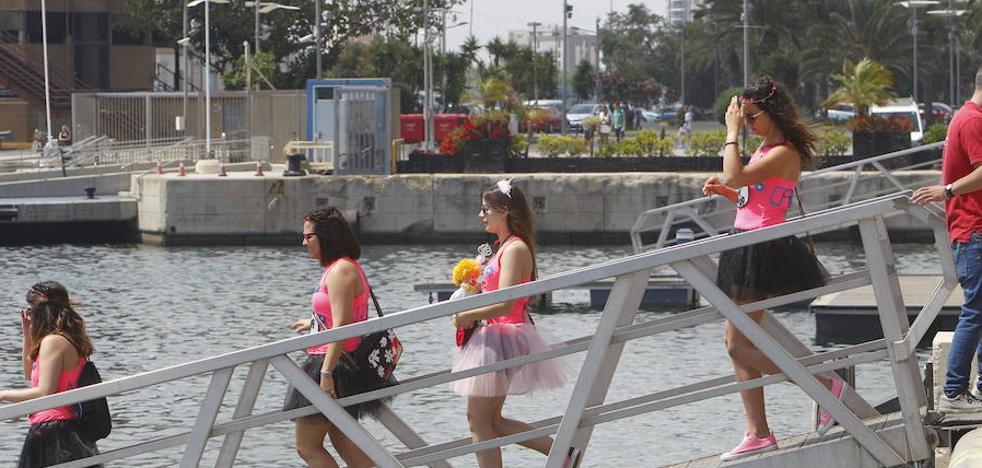 Gandia, Madrid, Salamanca y Mojácar limitan las despedidas de soltero
