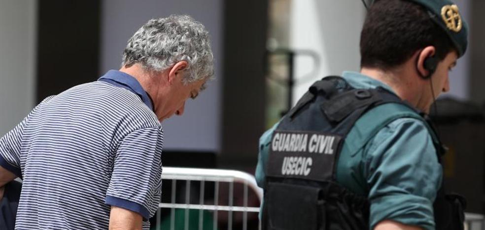 La investigación a Villar destapa un expolio masivo a la federación