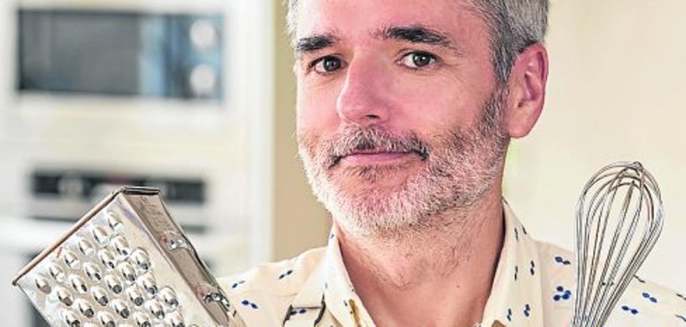 Mikel López Iturriaga: «La cocina es más polémica que la política»