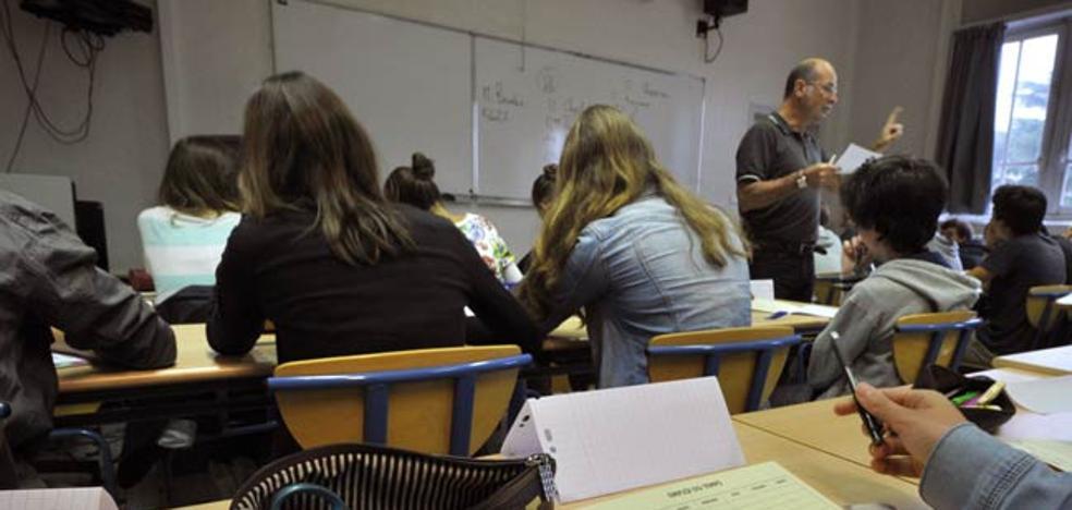 Educación amplía a 13.000 las plazas de libre acceso en la oferta de oposiciones docentes