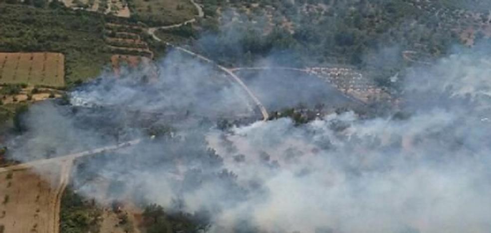 Dan por estabilizado el incendio con seis focos declarado en Sant Mateu
