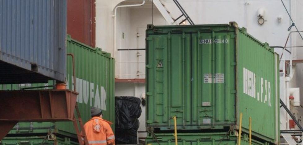 El tráfico de contenedores en el Puerto de Valencia se resiente por la huelga de la estiba y retrocede un 1,62% en junio
