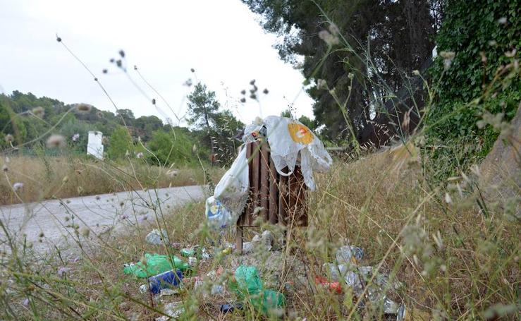 Fotos del mal estado del parque fluvial del Turia