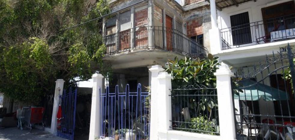 La rehabilitación del chalé de Demetrio Ribes en Valencia, dos años parada por la falta de licencia