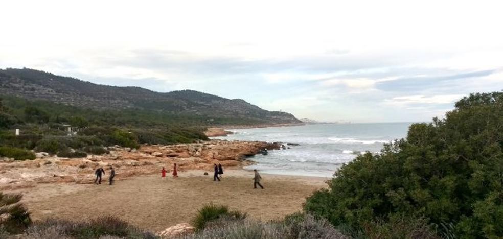Planes: De una playa 'ministérica' a un hotel literario