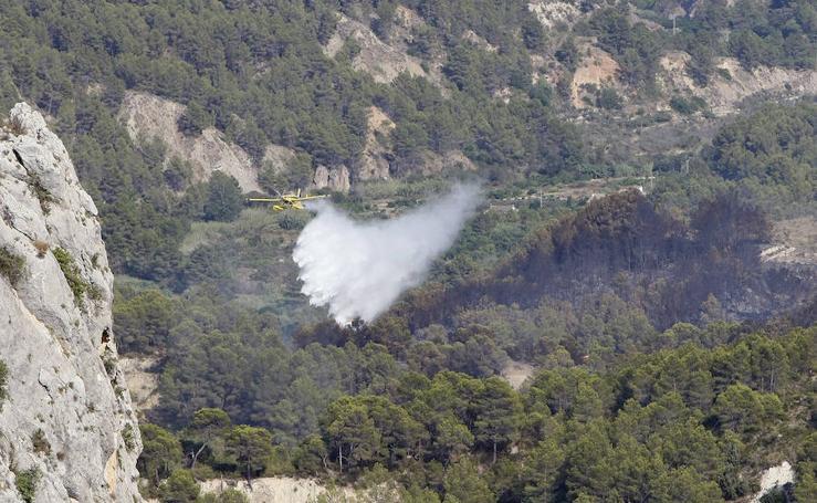 Fotos del incendio en Guadalest