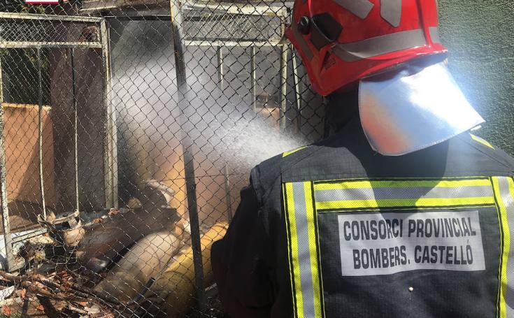 Fotos de la explosión de una bombona de gas en un bar de Alcossebre