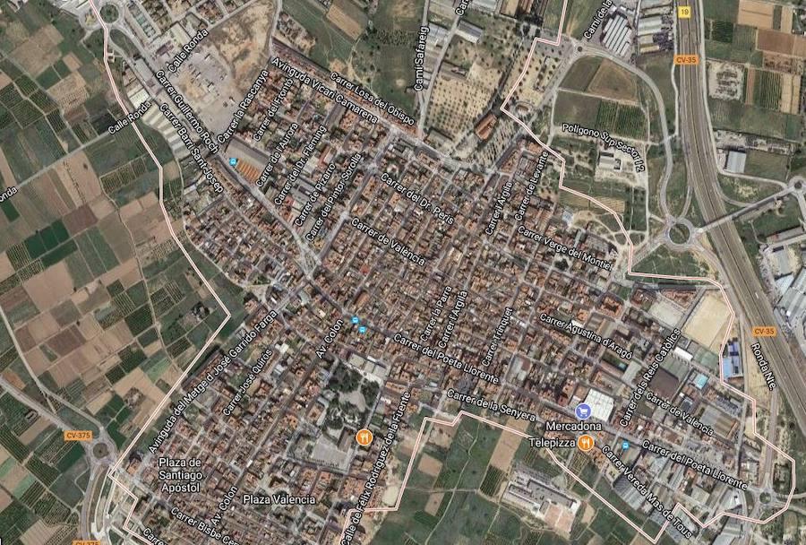 Dos heridos graves y uno leve tras volcar un coche en La Pobla de Vallbona
