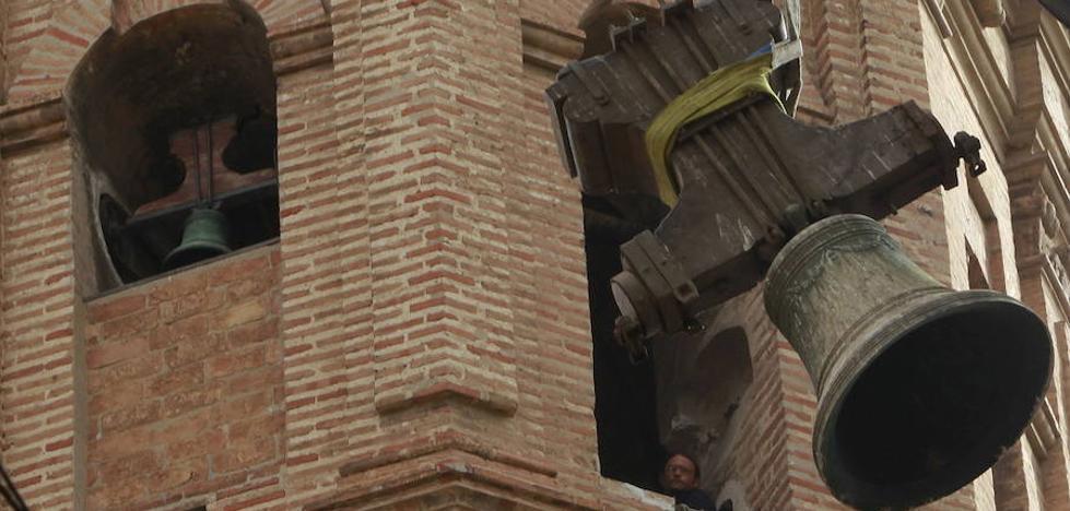 Un valenciano documenta el sonido de 855 campanas de 91 catedrales de España